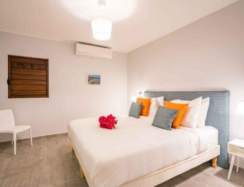 Slaapkamer met 2persoonsbed (180*200), airconditioning, ensuite badkamer